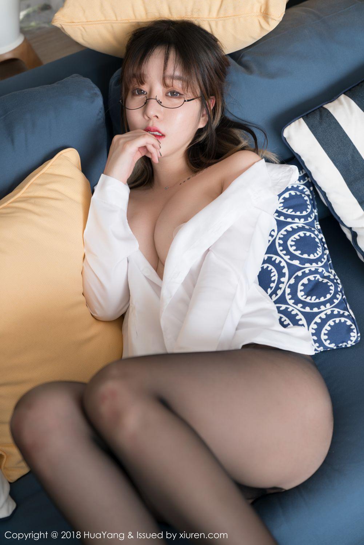 섹시한 검정스타킹 은꼴 안경쓴 레전드 섹녀